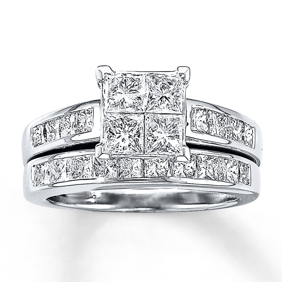 14K White Gold 2 ½ Carat t.w. Diamond Bridal Set
