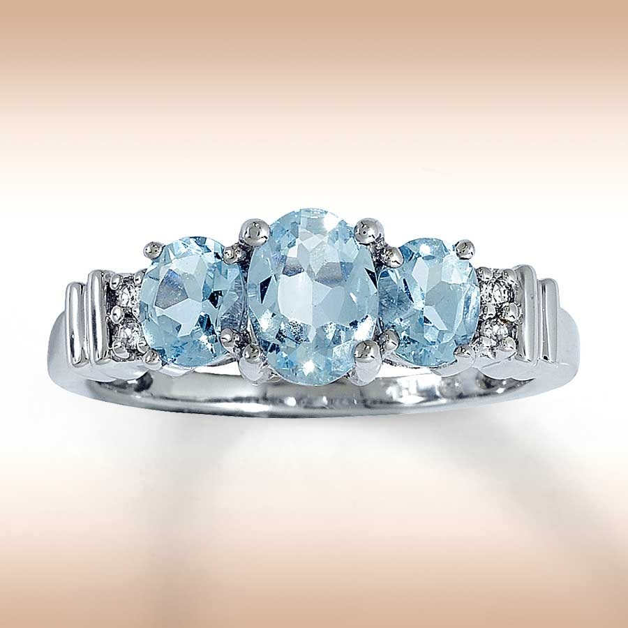 Aquamarine Ring Oval-cut With Diamonds 14K White Gold