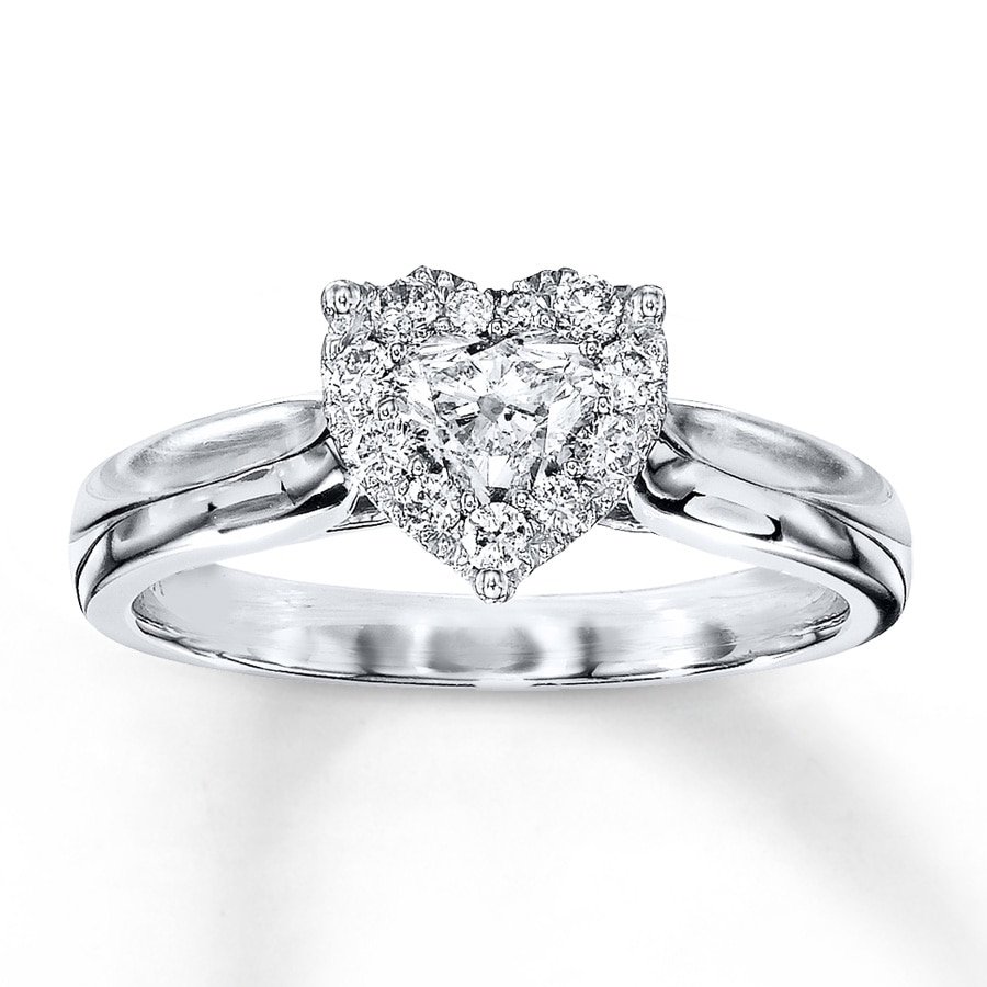 shaped halo ring tonight diamond engagement rings propose pear