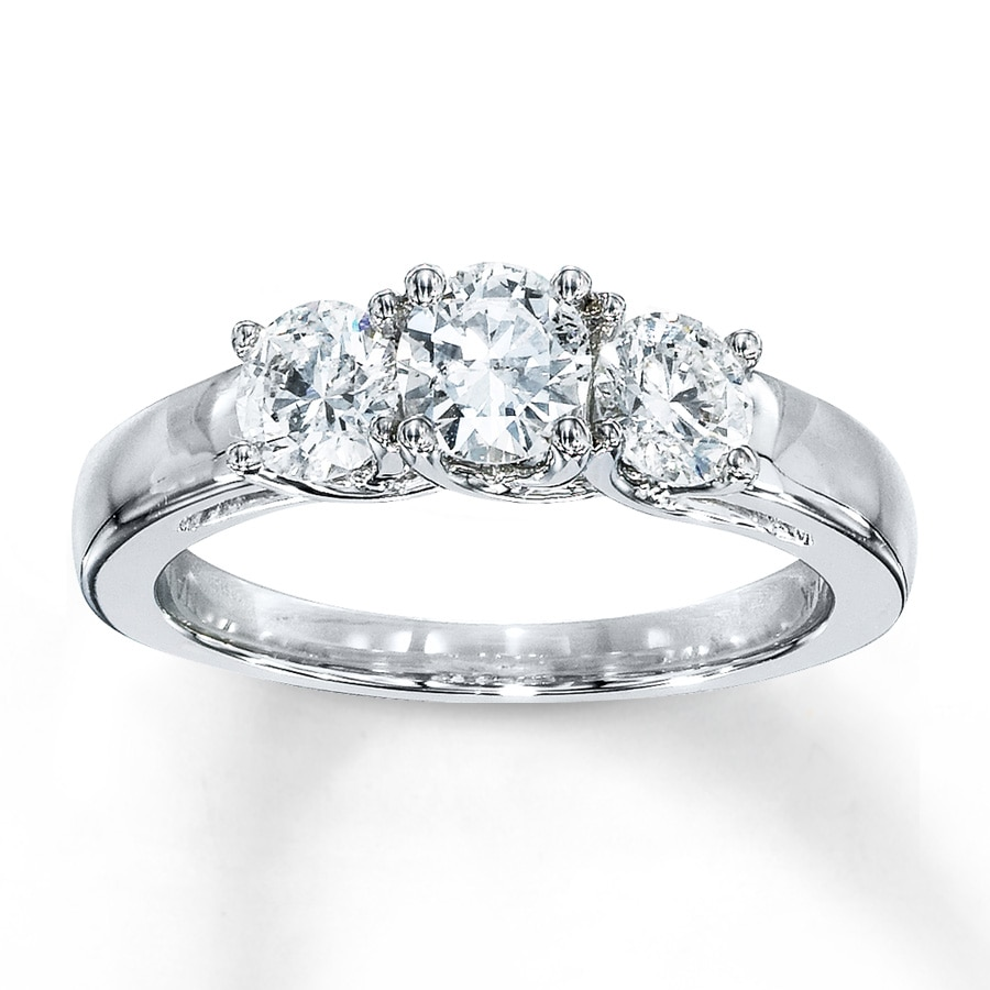 in ring three shop p classic diamond engagement for jewellery platinum stone